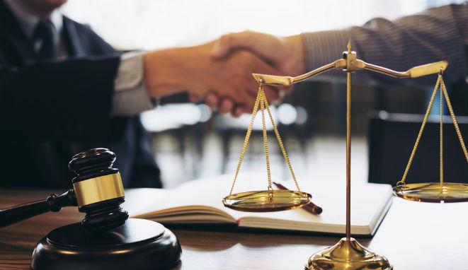 Si eres abogado y quieres ejercer leyes en Canadá debes leer esta nota
