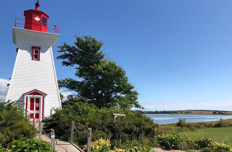 Inmigración Canadá abre programa para incentivar la inmigración a comunidades pequeñas