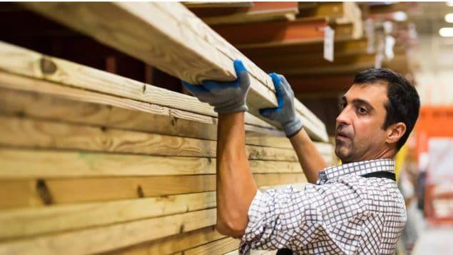 Cónyuges de trabajadores inmigrantes podrán trabajar en Canadá
