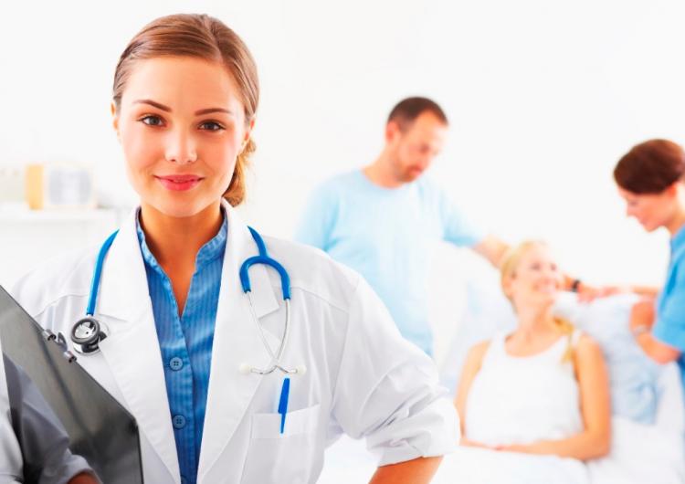 Canadá está buscando a enfermeros y enfermeras para trabajar en Quebec